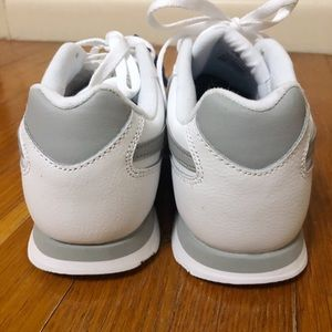 b21608bf7acd7 Reebok Shoes - NWOT Reebook Classic Leather White Gray Sneaker